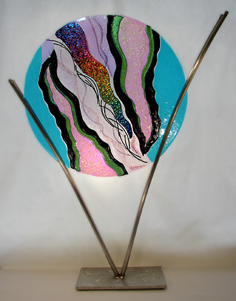 Dichroic-Glass-Sculpture-in-Stainless-Steel-Metal-stand